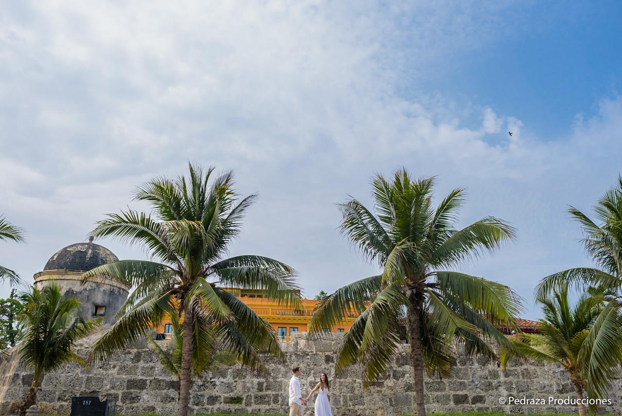 boda-en-casa-conde-de-pestagua-en-cartagena-de-indias-laura-y-marc0002