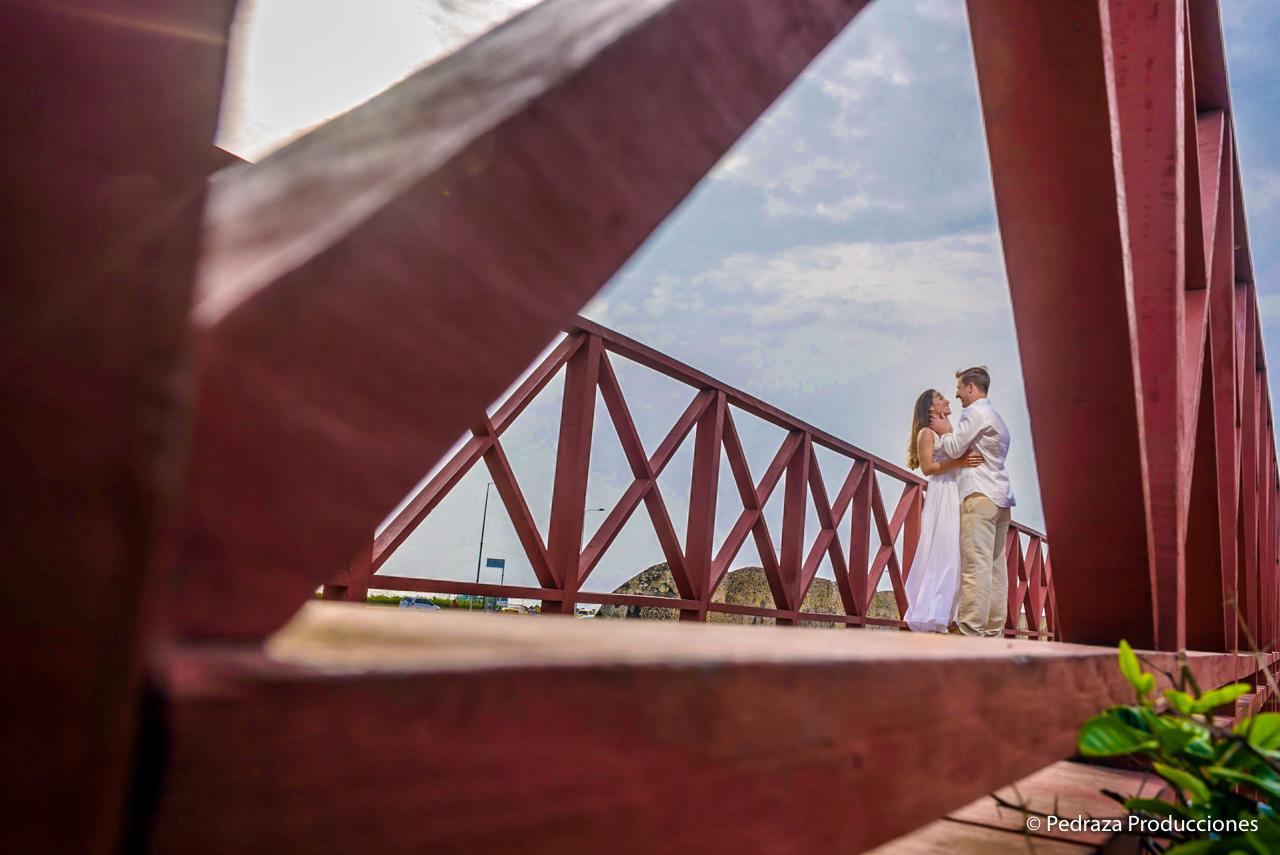 boda-en-casa-conde-de-pestagua-en-cartagena-de-indias-laura-y-marc0004