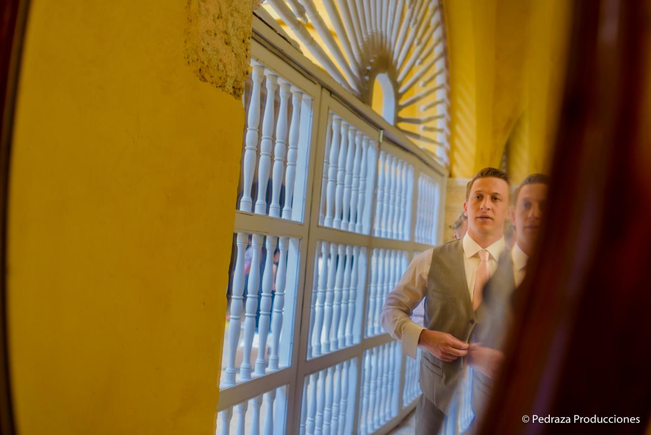 boda-en-casa-conde-de-pestagua-en-cartagena-de-indias-laura-y-marc0010