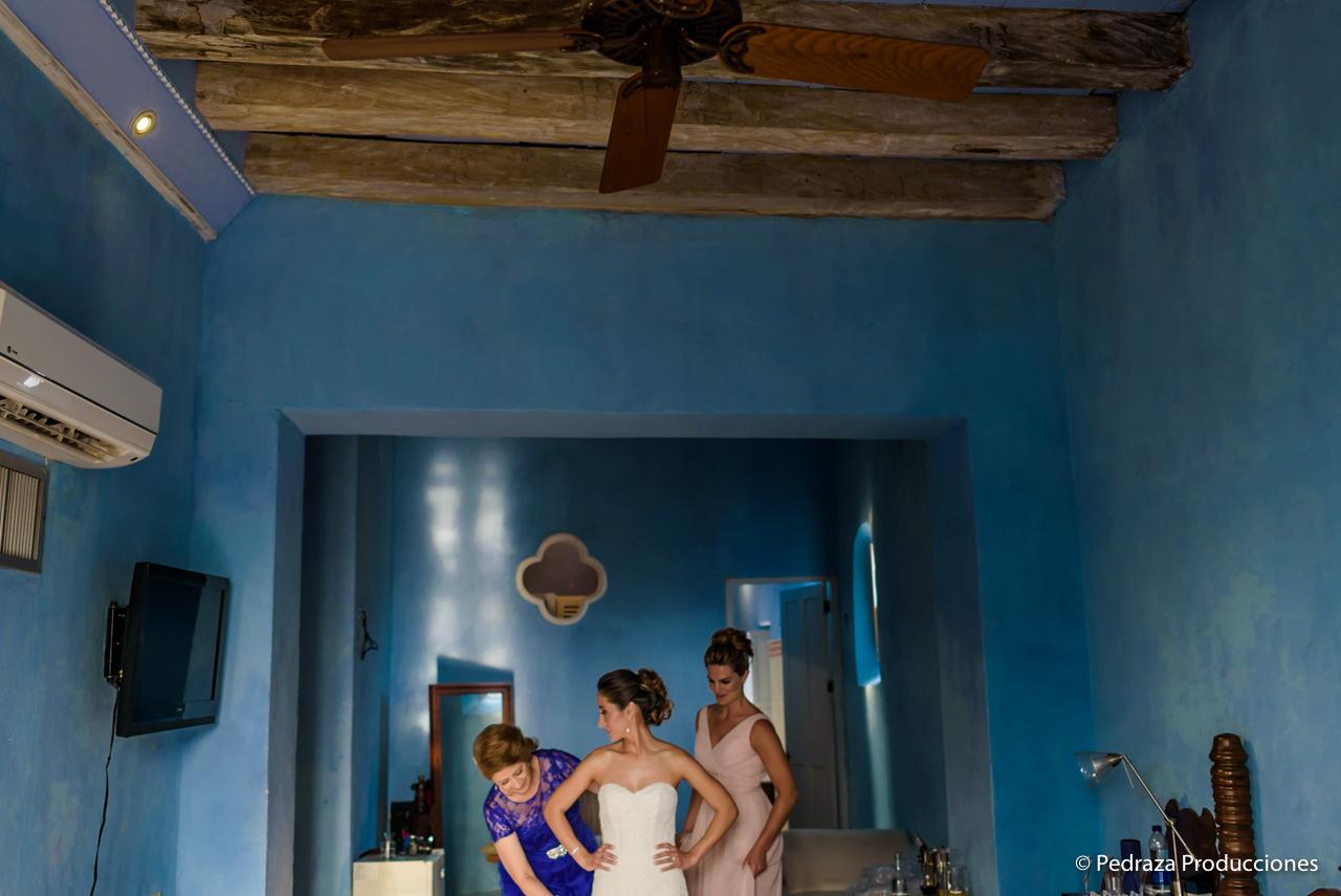 boda-en-casa-conde-de-pestagua-en-cartagena-de-indias-laura-y-marc0016