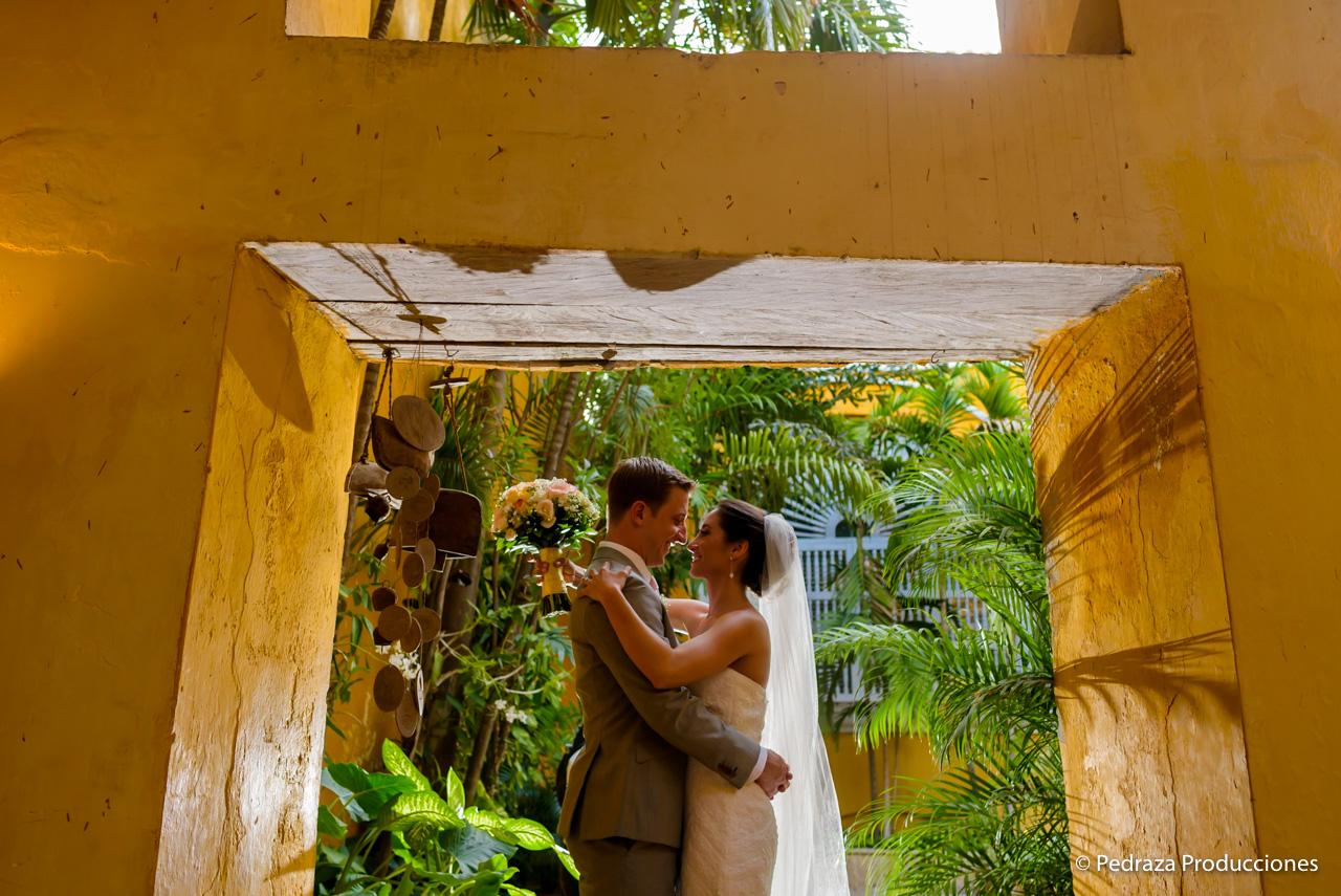 boda-en-casa-conde-de-pestagua-en-cartagena-de-indias-laura-y-marc0020