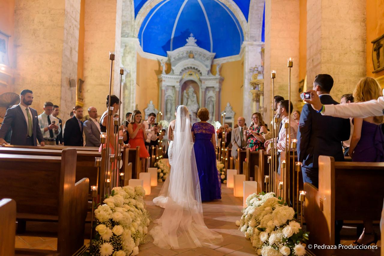 boda-en-casa-conde-de-pestagua-en-cartagena-de-indias-laura-y-marc0023
