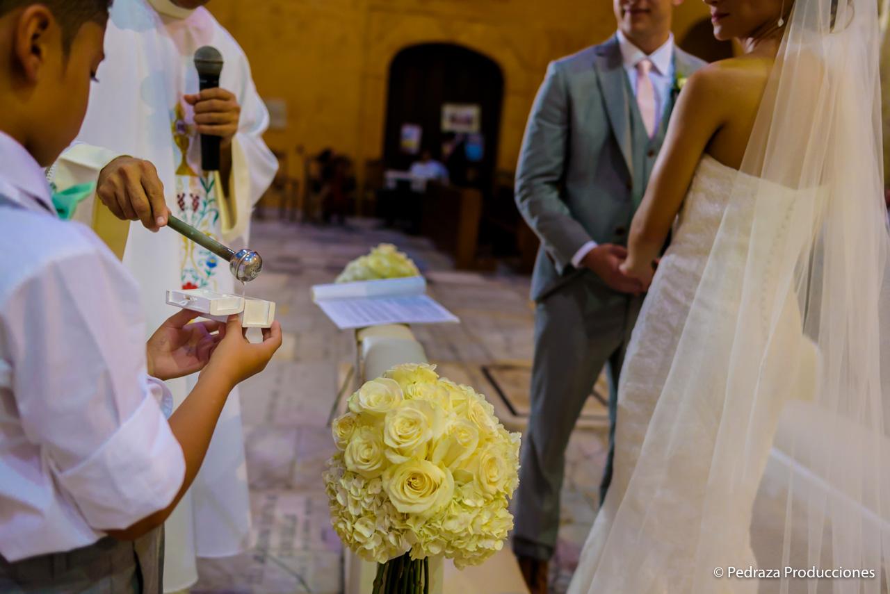 boda-en-casa-conde-de-pestagua-en-cartagena-de-indias-laura-y-marc0024