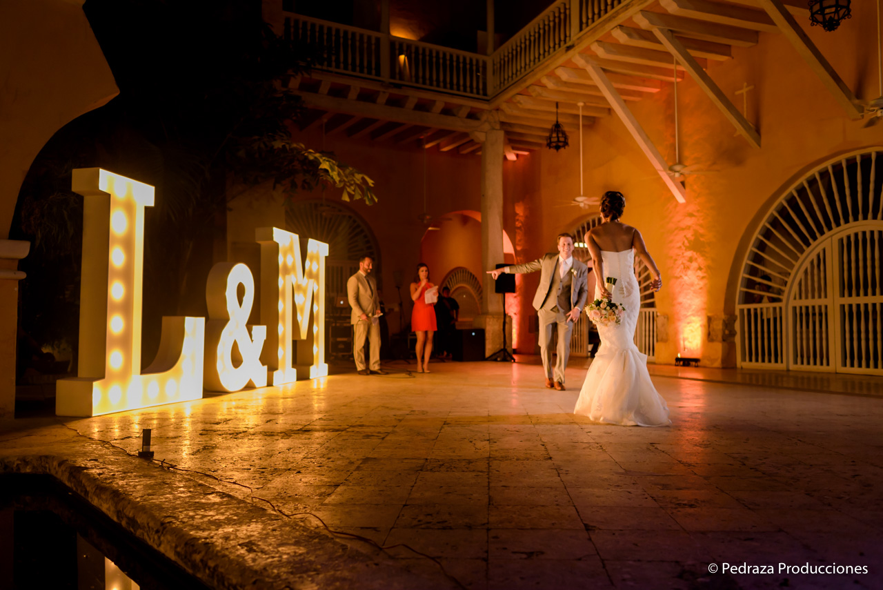 boda-en-casa-conde-de-pestagua-en-cartagena-de-indias-laura-y-marc0032