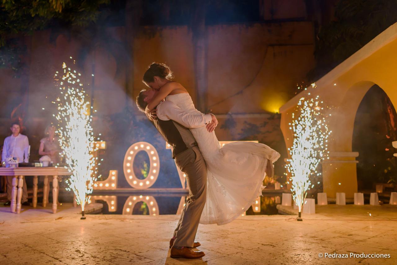 boda-en-casa-conde-de-pestagua-en-cartagena-de-indias-laura-y-marc0036